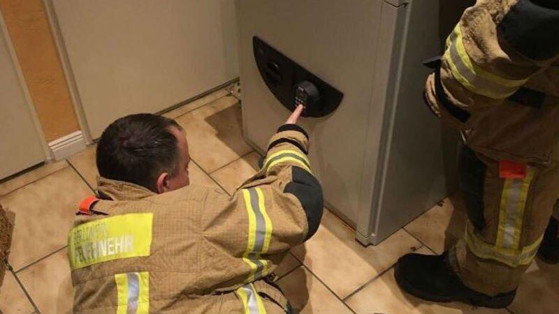 Німецький пожежний врятував хлопчика, замкненого в сейфі
