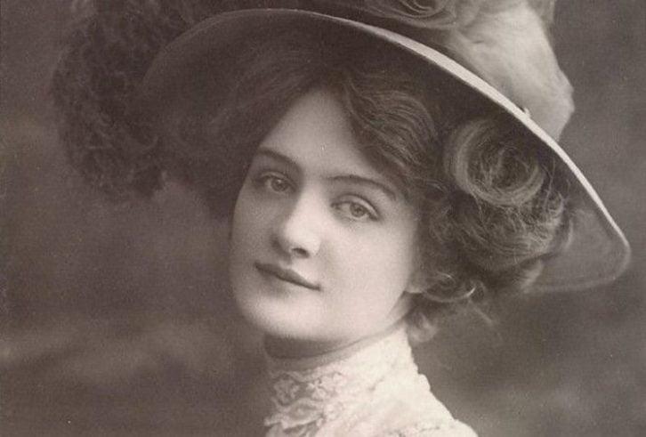 Найкрасивіші жінки початку минулого століття