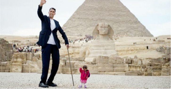 Найвищий чоловік і найменша жінка в світі зустрілися
