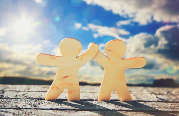 Як не втрачати друзів і заводити нових