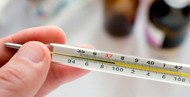 Що робити, якщо тримається температура 37 ° С