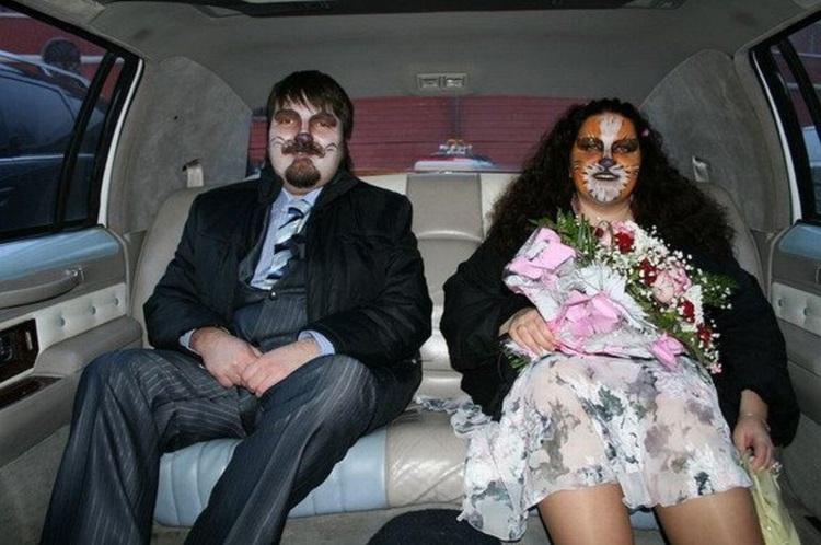 Вони хотіли креативні весільні фото, але щось пішло не так. 18 знімків, за які буде соромно навіть вам