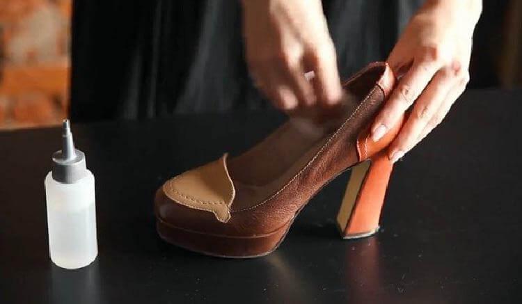 Як розтягнути вузьке взуття  5 порад від шевця - Happy News 9d3f81ae12014