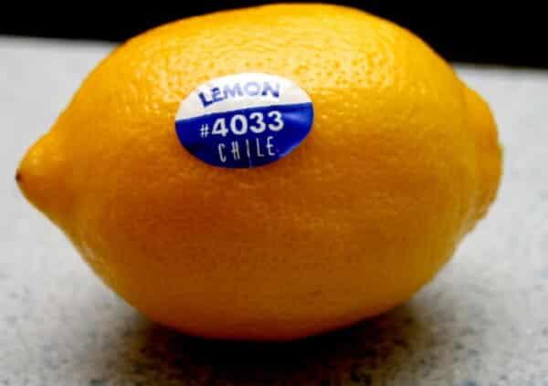 Я була шокована, коли дізналася, що означають наклейки і цифри на фруктах
