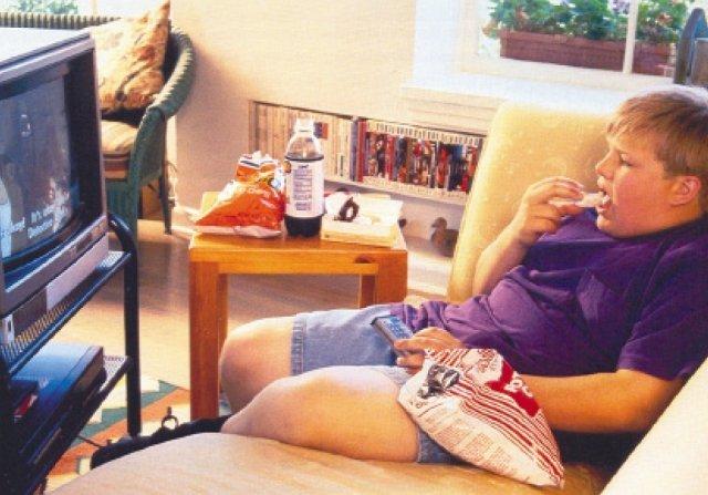 Сидячий спосіб життя небезпечніший куріння, діабету і серцевих захворювань