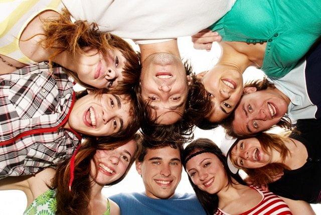 Як заводити і не втрачати друзів: особистий досвід і науковий підхід
