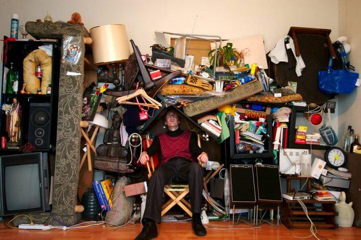 Синдром Плюшкіна: як не дати сміттю стати головним у житті