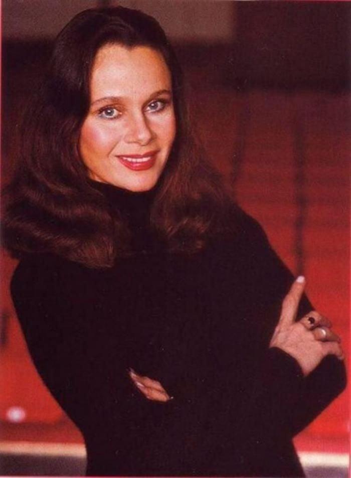 Пост пам'яті приголомшливій актрисі Любові Поліщук. Яскрава, неповторна і прекрасна!