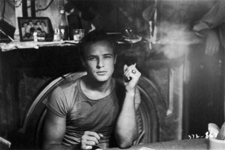 Підбірка знімків Марлона Брандо, які доводять, що він просто прекрасний