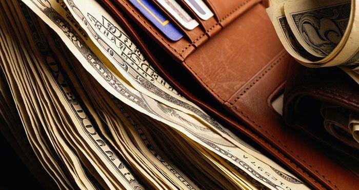 10 речей, які не можна зберігати в гаманці