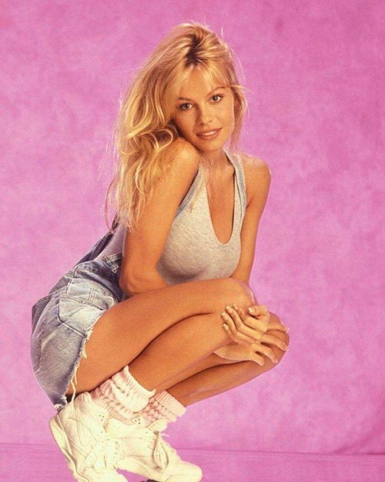 20 найшикарніших жінок 90-х, або N років до силікону і фотошопу