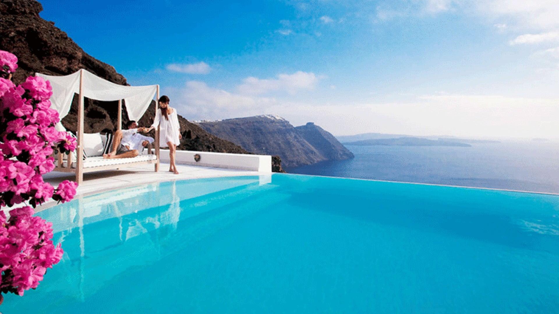 12 найбільш вражаючих басейнів