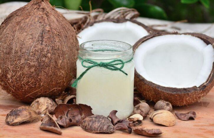 Медики розповіли, чим можна замінити рослинне масло