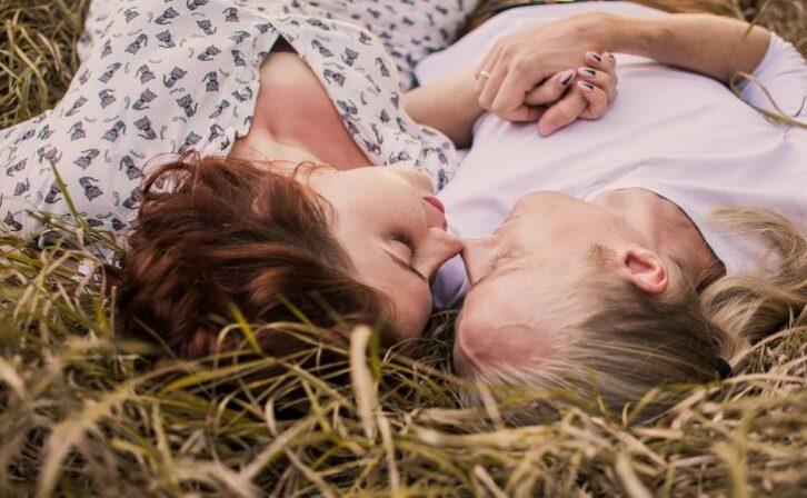 Одкровення дівчат: Що чоловікові категорично не можна робити в ліжку