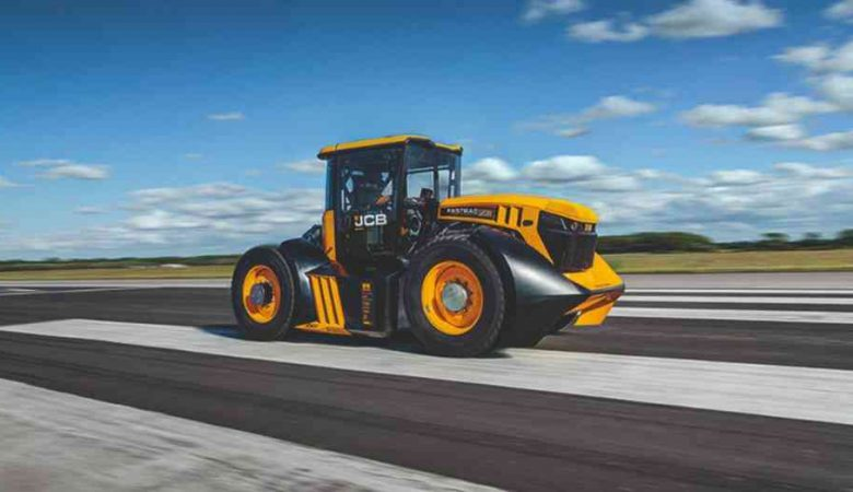 Британець встановив новий рекорд швидкості на тракторі 4