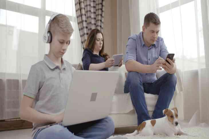 Інтернет і гаджети - головна причина розлучень