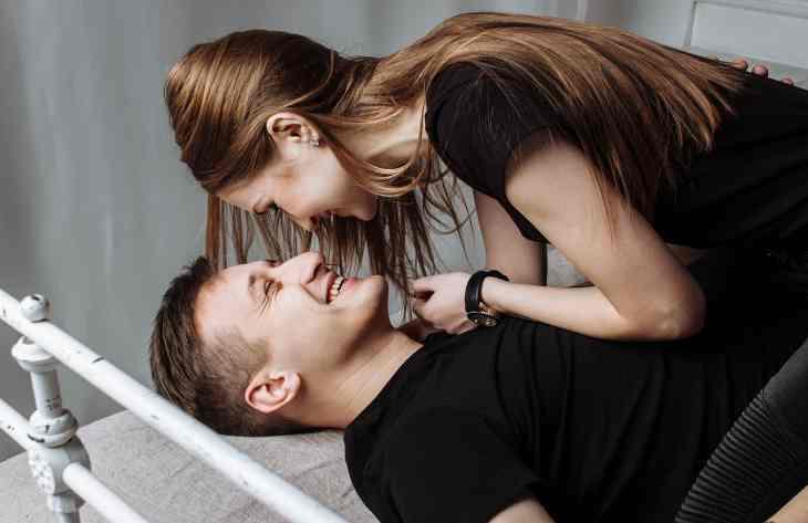 7 ознак того, що жінка робить з чоловіка підкаблучника