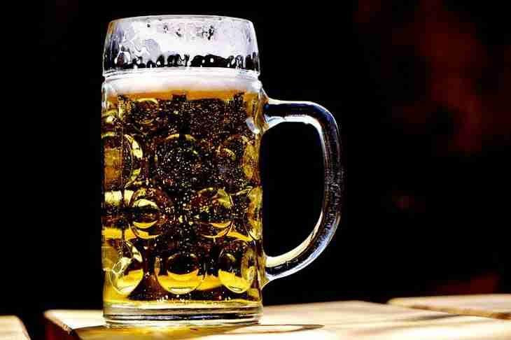 Знищує печінку: названий найнебезпечніший алкогольний напій