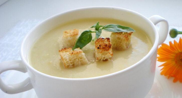 Рецепт супу з кабачків