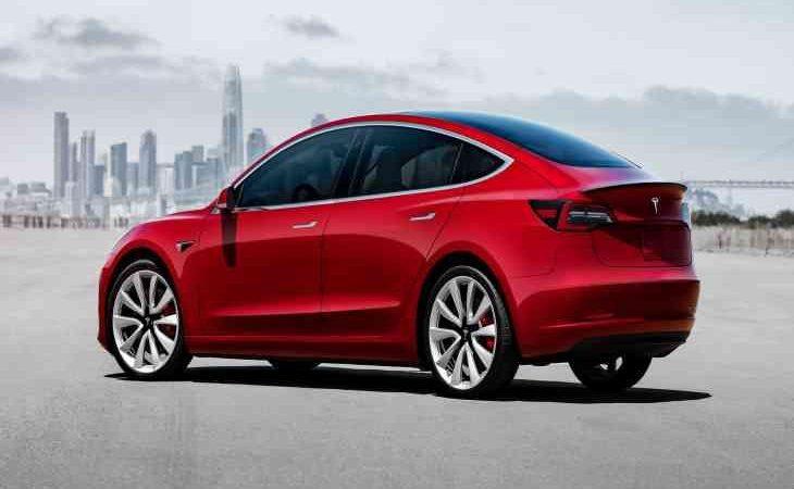 Tesla знижує ціни на Model 3 в Китаї 5
