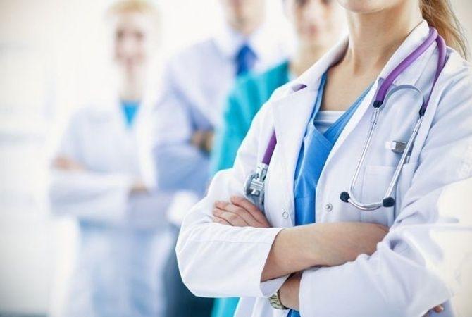 Медики повідомили, як не стати жертвою лжелікаря