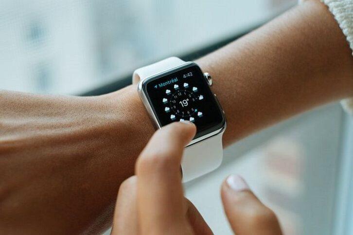 В Apple Watch знайшли уразливість, яка дозволяє прослуховувати розмови